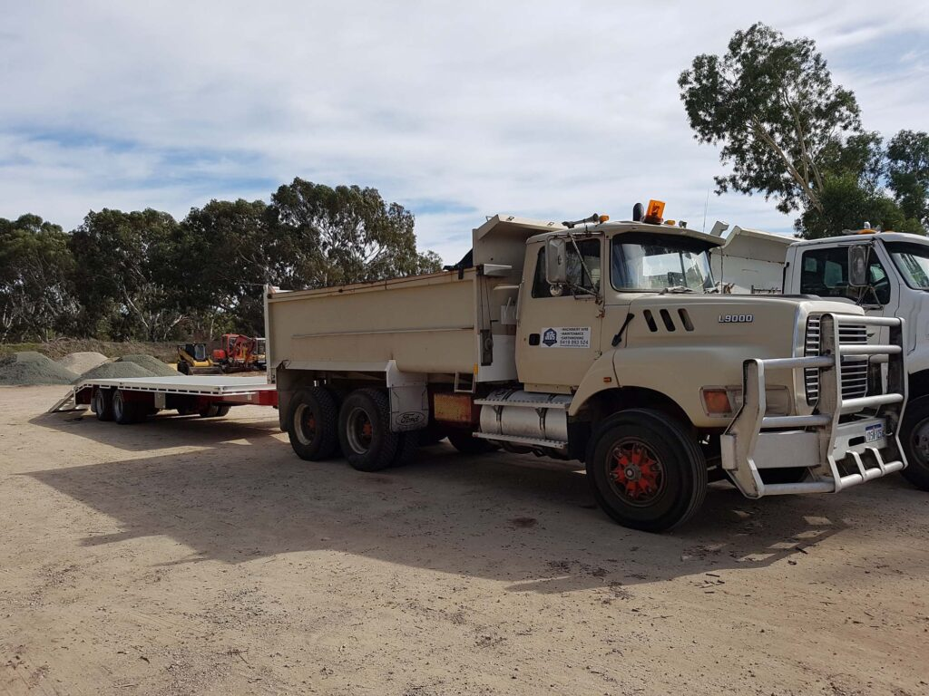 Ford L9000 Tip Truck - Transport - Earthworks & Earthmoving Equipment Hire Perth - JEDS Contracting