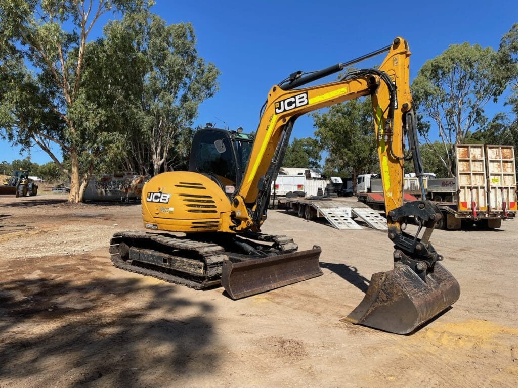 8 Tonne JCB 8085 Excavator - Earthworks & Earthmoving Equipment Hire Perth - JEDS Contracting
