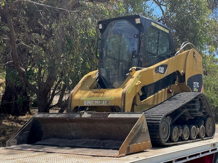 Caterpillar 277C posi-track - Earthworks & Earthmoving Equipment Hire Perth - JEDS Contracting