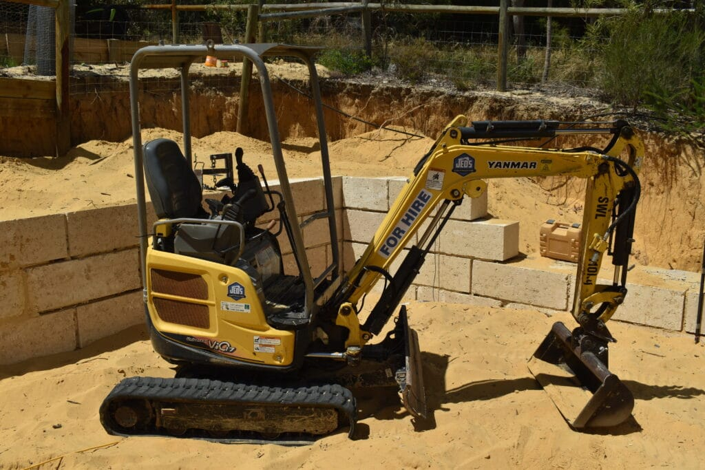 1.7 Tonne Yanmar Vio 17 Excavator & Accessories For Hire - JEDS Contracting