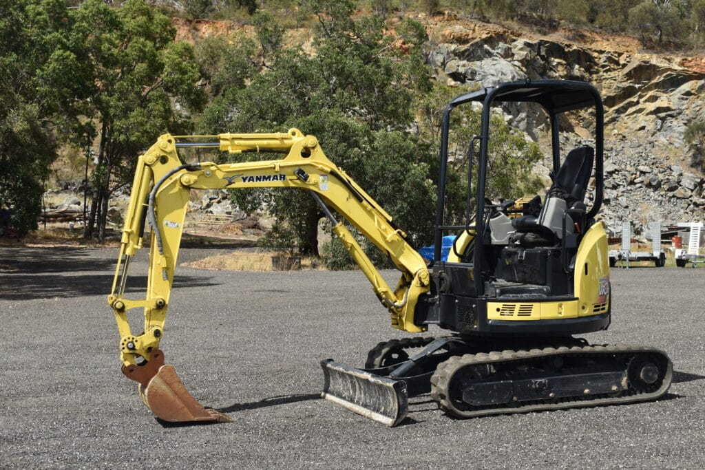 2.7 Tonne Yanmar Vio 27-5 Excavator & Accessories For Hire - JEDS Contracting