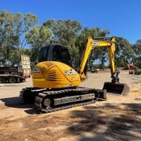 8 Tonne Excavator - Earthworks & Earthmoving Equipment Hire Perth - JEDS Contracting